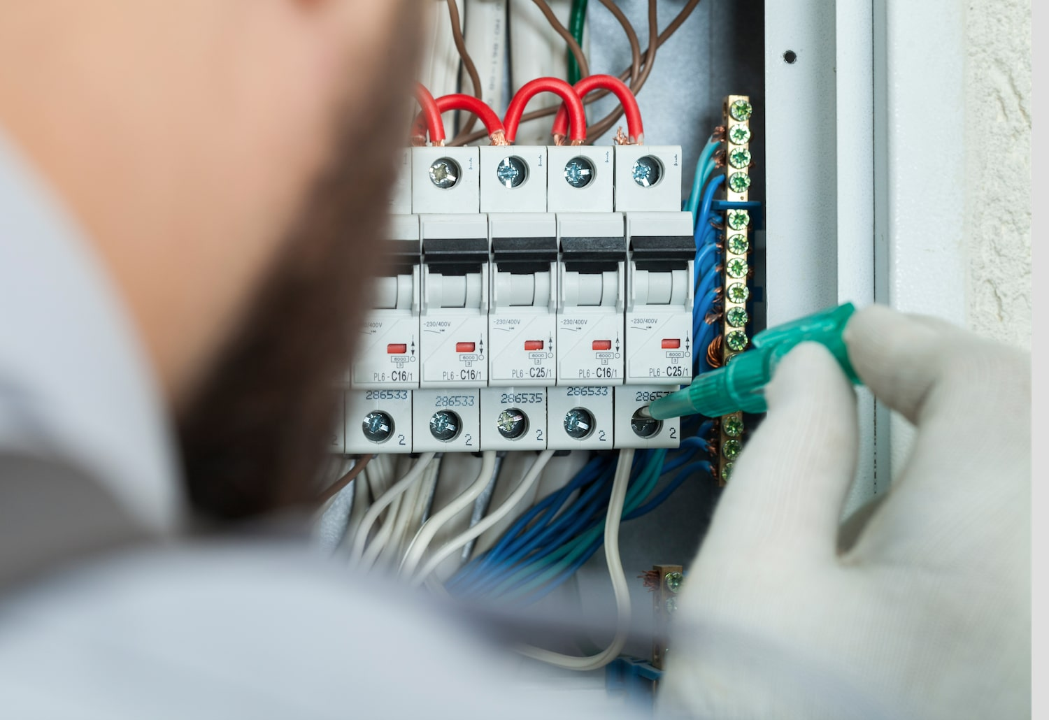 Electrical Contractors in Phoenix, Tempe, Mesa, AZ, www.yourphoenixhandyman.com