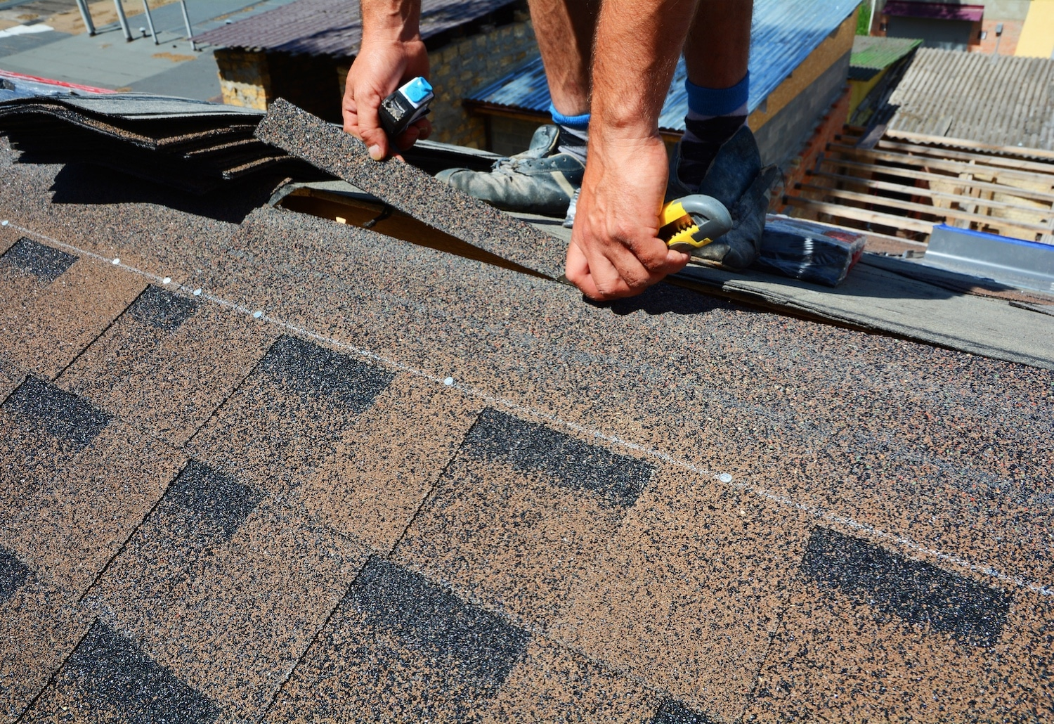 Roof Repair in Phoenix, Shingles Repair Phoenix, www.yourphoenixhandyman.com